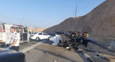 القدس: مصرع شابين واصابة ثالثة حرجة بحادث طرق