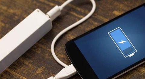 بطريقة بسيطة.. هكذا تحافظ على بطارية هاتفك!