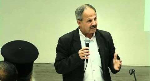 بروفيسور خمايسي يترشح للموحدة ويقول: الخلافات على المقاعد تسبب حالة شرذمة