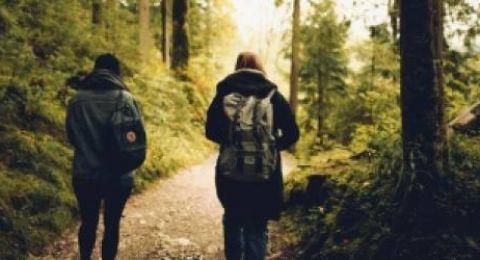 المشي 20 دقيقة في الحدائق يقلل التوتر والإجهاد