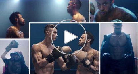 شاهد.. رونالدو ونيمار وجها لوجه على حلبة الملاكمة