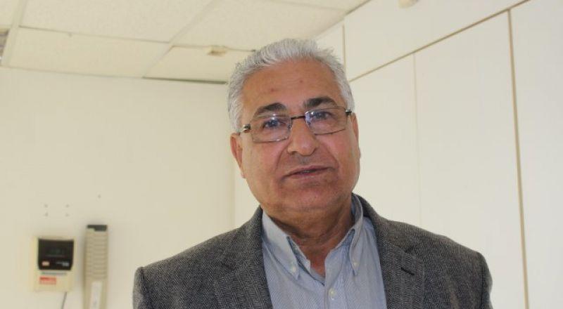 مازن غنايم يدعو الأحزاب الأربعة للاجتماع وانهاء الخلاف بعيدا عن الوفاق!