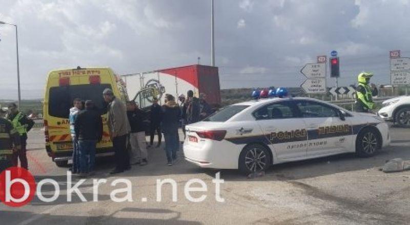 مصرع وديع عماش (40عاما) من جسر الزرقاء واصابة 5 اخرين في حادث طرق