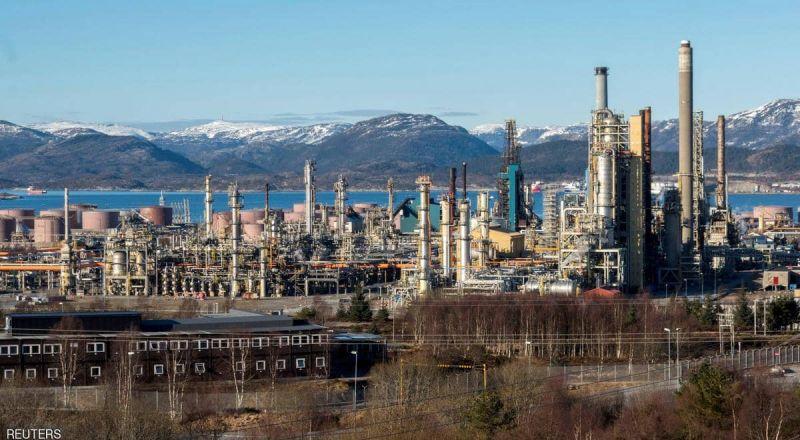 عاصفة أميركا وتوتر الشرق الأوسط يرفعان أسعار النفط