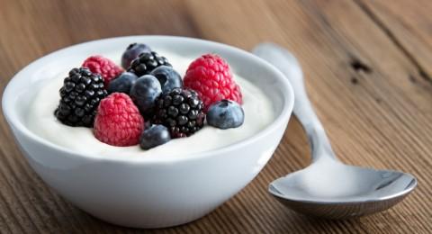 فوائد الزبادي للتخسيس والحفاظ على صحة الجسم... هل تعلمينها؟