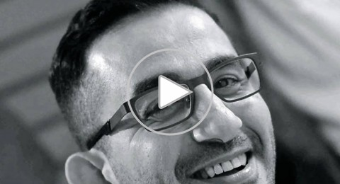 أحمد حلمي في السعودية لأداء مناسك العمرة