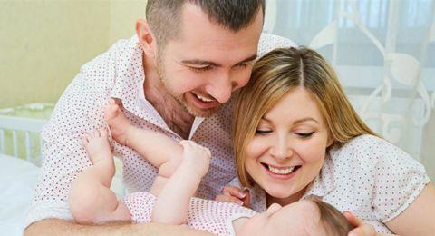 دراسة: التحدث بلغتين في المنزل ينمّي إدراك طفلك