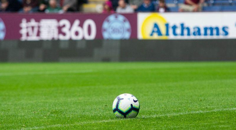 بث مجاني لمباريات الدوري الإنجليزي في حالة واحدة Bb0football-3575426_960_720