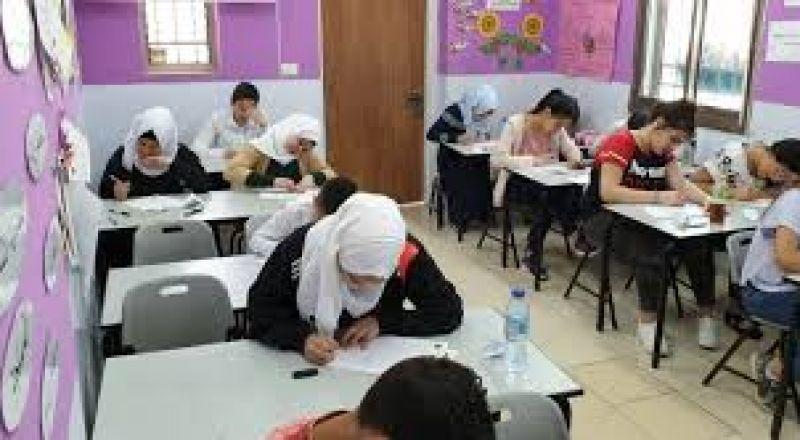 وزارة التّربية تؤكّد بأنّ التّعليم ينتظم كالمعتاد في المدارس.