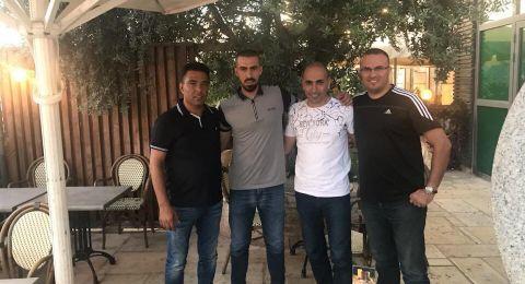 هـ.ابناء مصمص يجدّد عقد محمد نادر