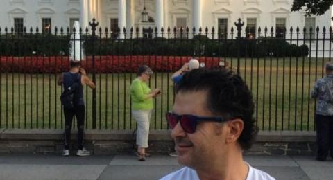 راغب علامة يحيي جمهوره اللبناني من أمام البيت الأبيض