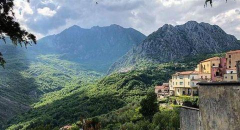 25 ألف يورو لمن ينتقل للعيش في هذه القرية الإيطالية!