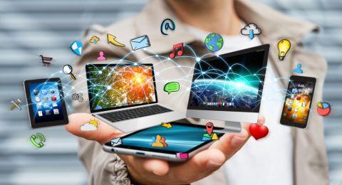 الفلبينيون يتصدرون مستخدمي مواقع التواصل