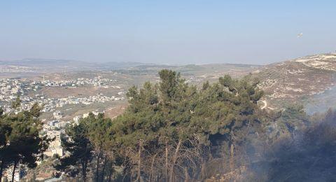 اندلاع حريق في منطقة حرشية بالقرب من كفركنا