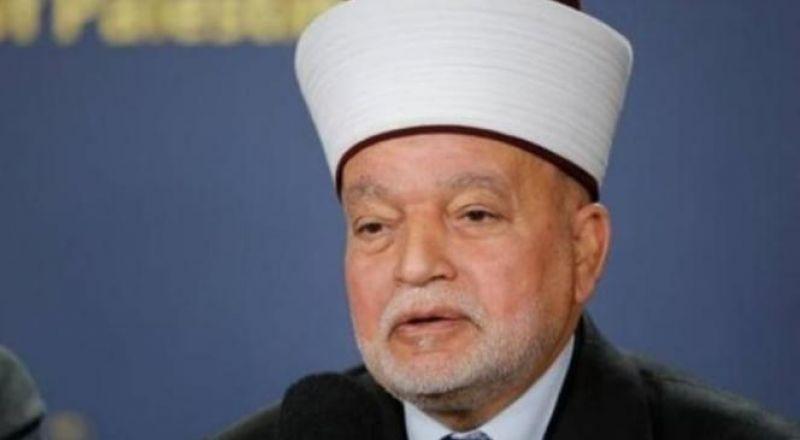 مفتي القدس يؤكد على حرمة سرقة التيار الكهربائي