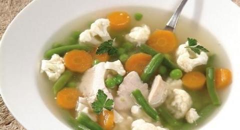 حساء الحبش مع الخضراوات لفصل الشتاء