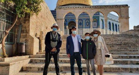 تمديد فترة اقتحامات المستوطنين للمسجد الأقصى وإبعاد موظف عنه لمدة اسبوع