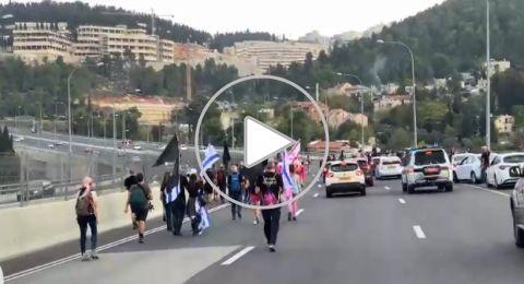 اعتقال 18 مشاركًا في المسيرة الاحتجاجية ضد نتنياهو على شارع رقم 1