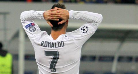 اعتراف مثير.. رونالدو نادم على ترك ريال مدريد