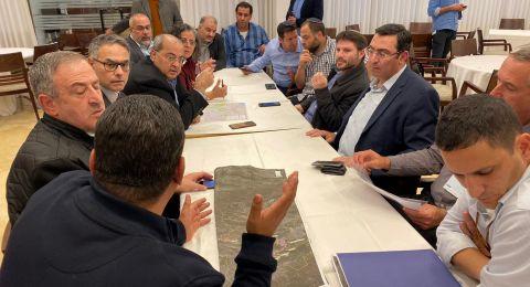 نواب المشتركة يلتقون وزير المواصلات وطاقم الوزارة حول دوار الرينة-المشهد وخط القطار حيفا-الناصرة