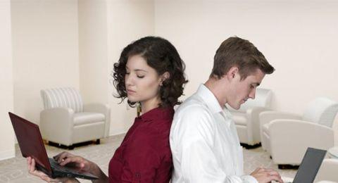 هل يخاف الزوج من ذكاء زوجته؟