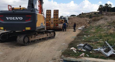 بلدية عكا تباشر ببناء قاعة رياضية لخدمة المدارس العربية في المدينة