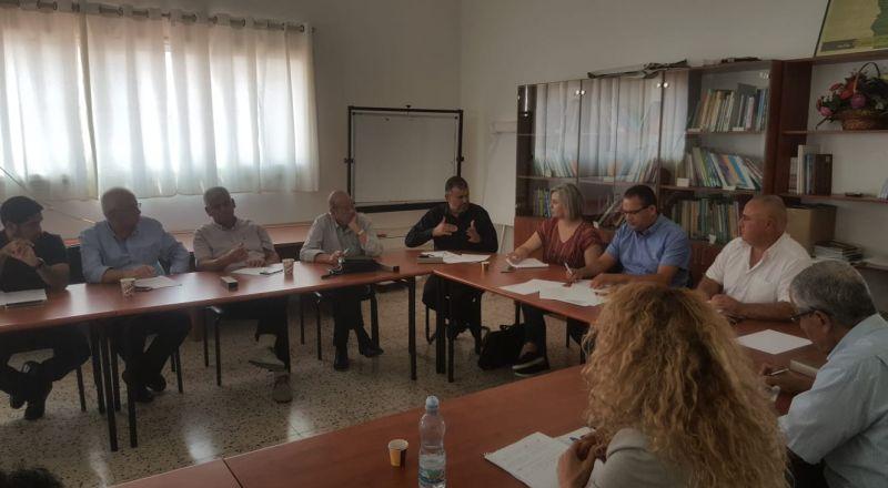 لجنة قضايا التعليم واللجنة القُطرية للرؤساء بالتعاون مع مجلس كفر كنا المحلي، يستعدون لعقد