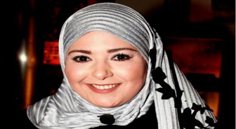 """أول ظهور لصابرين بعد خلع الحجاب في مهرجان """"نجم العرب"""""""