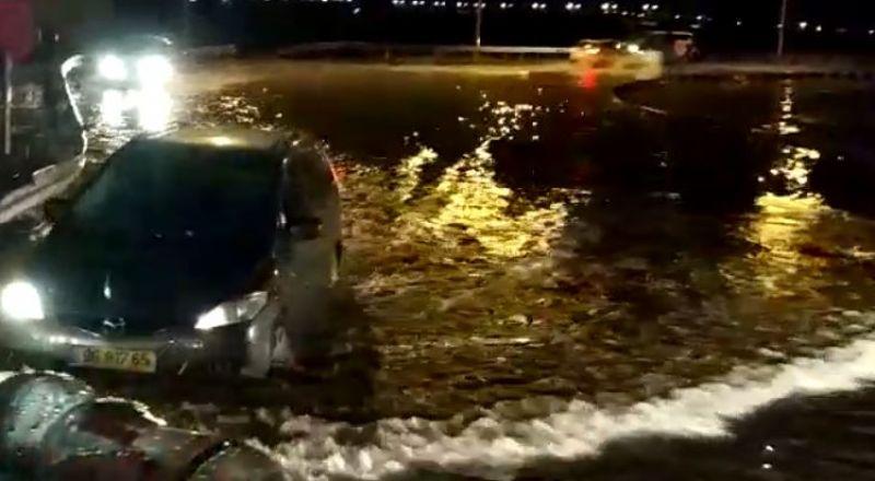بسبب الأمطار: تخليص عالقين في السيارات بباقة وعدد من البلدات