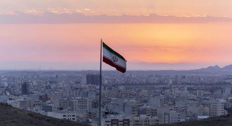 إيران تهدد بـ