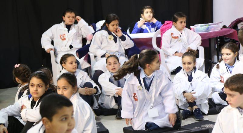 مؤسسة فيصل الحسيني تطلق مسابقات البحث العلمي في العلوم الطبيعية في القدس