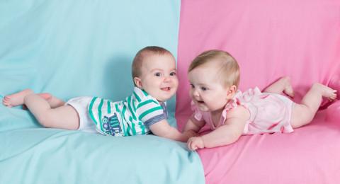 هل يدل لون بول الحامل في الصباح على نوع الجنين؟