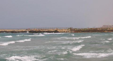 شواطئ البلاد فارغة.. موسم السياحة مهدد