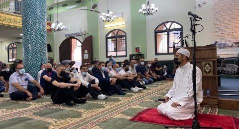 أهالي بلدات وادي عارة يؤدون صلاة عيد الفطر باجواء ايمانية