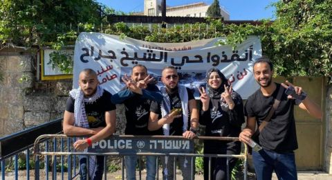 مقدسيون في الشيخ جراح يتضامنون مع غزة