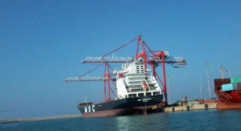 محاولة الاستيلاء على سفينة تركية في ميناء حيفا وإحراقها