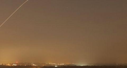 صاروخ نحو اشكول .. واسرائيل تقصف قطاع غزة