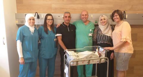 فاطمة وجواد محاجنة يُرزقان بالمولود