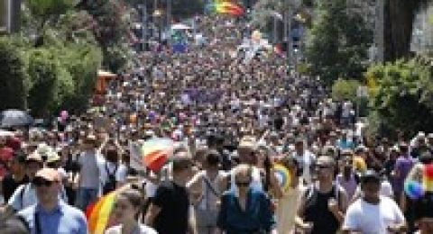 بمشاركة وزير القضاء وشريكه وربع مليون شخص، اختتام مسيرة مثليي الجنس