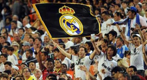 ريال مدريد يواجه جلطة سراي في بطولة سانتياجو برنابيو