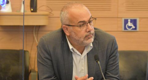 وزير الأمن يرد على استجواب النائب أسامة السعدي في قضية الإعتداء على سائق الحافلة منتصر عيسى