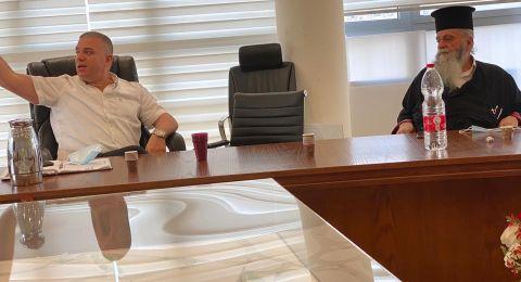 سخنين: اللجنة الشعبية تدعو المواطنين للالتزام بالتعليمات من أجل وقف الارتفاع المتزايد بعدد الإصابات.