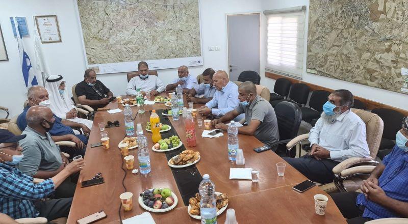النقب: جلسة لرؤساء السلطات المحلية لبحث الاعتداء على سلامة الأطرش