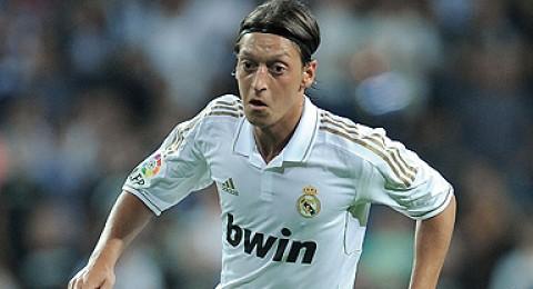 مسعود أوزيل يريد ترك ريال مدريد 