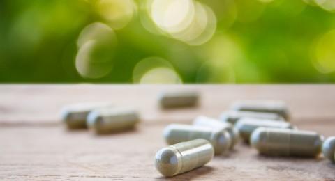المكملات العشبية والغذائية قد تؤذي الكبد