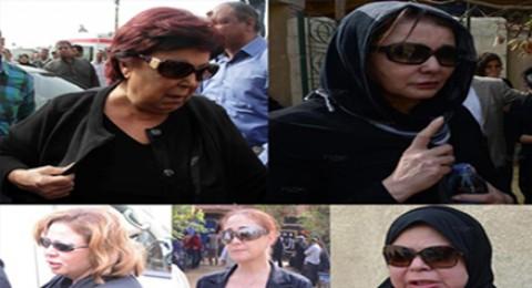 شاهدوا النجمات في جنازة صديقتهم الفنانة الراحلة معالي زايد