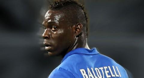 كونتي يعيد بالوتيلي إلى تشكيلة إيطاليا للقاء كرواتيا