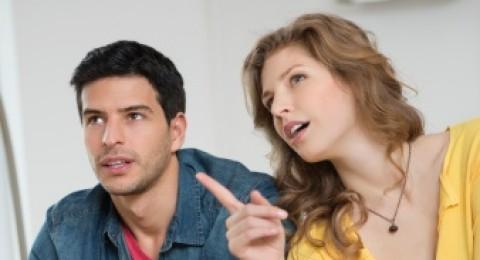 هل يوجد حل لمعالجة مقاطعة زوجي لحديثي واعتراضه على اقتراحاتي؟