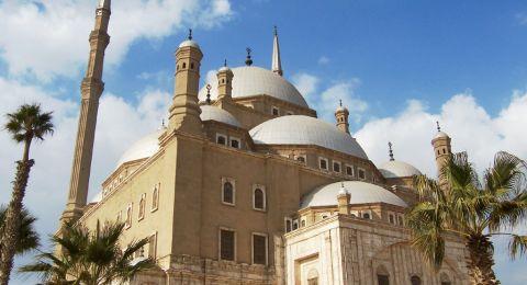 الأردن: الرزاز يُلغي منع استعمال مكبرات الصوت في المآذن