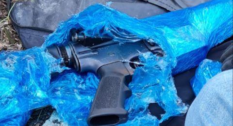 كابول: اعتقال مشتبهين بحيازة بندقية من نوع M16 ومسدس من نوع FN